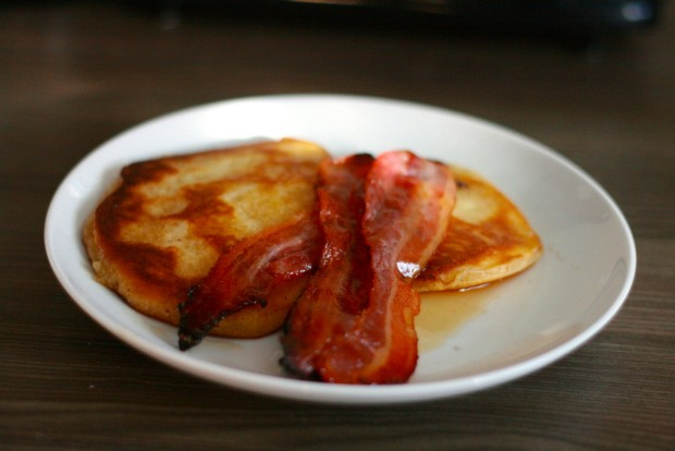 Fluffy American Pancakes with Maple Bacon